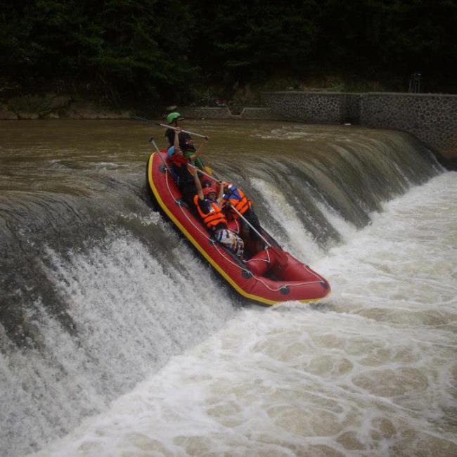 sungai untuk rafting di cianjur